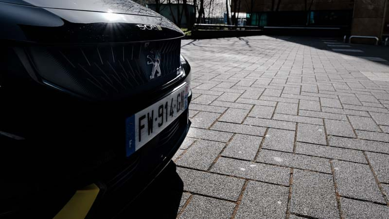 zwarte voorbumper Peugeot 508 PSE Franse kentekenplaat