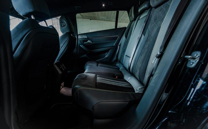 zwarte achterbank Peugeot 508 SW PSE