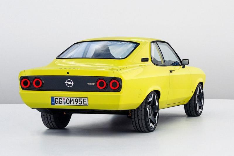 Opel Manta elektrisch schuin achter