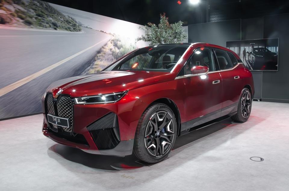 Linkervoorzijde BMW iX