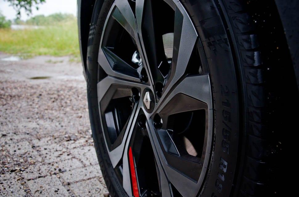 Renault velg met rood detail