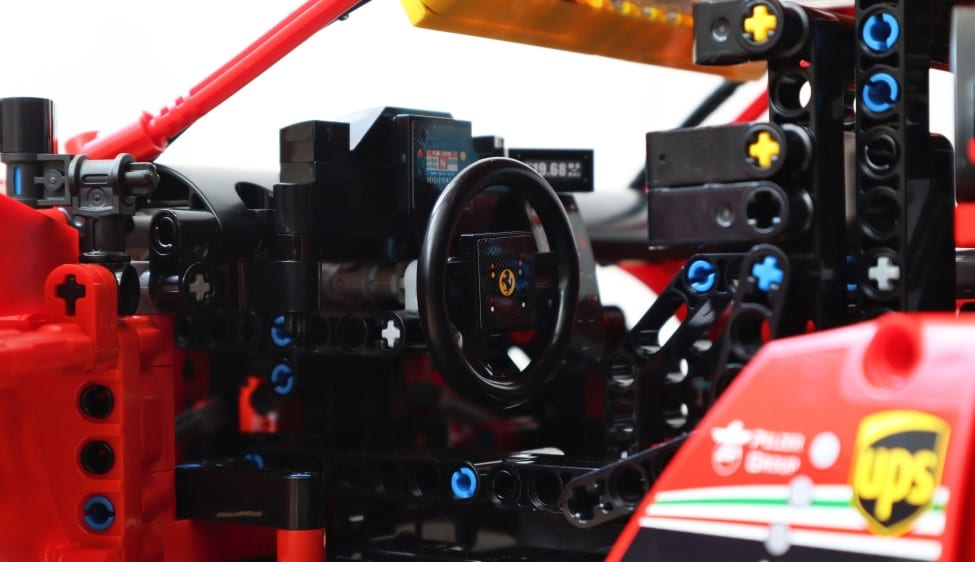 LEGO Ferrari interieur