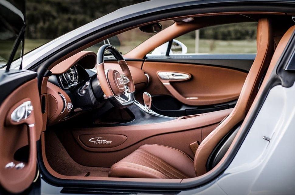 Het interieur van de Bugatti Chiron Super Sport is extreem luxe.