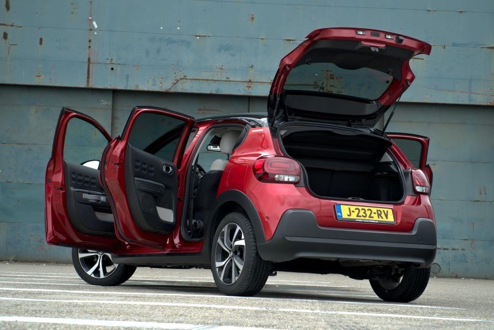 De Citroën C3 zwaait u uit.