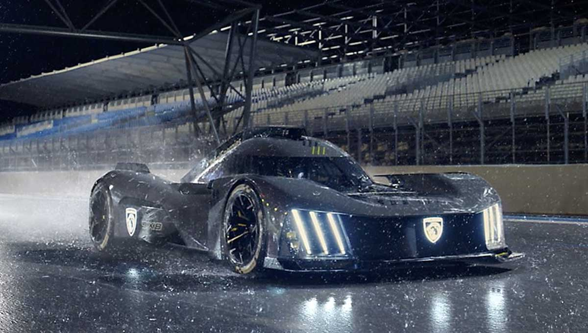 Peugeot 9X8 in the rain