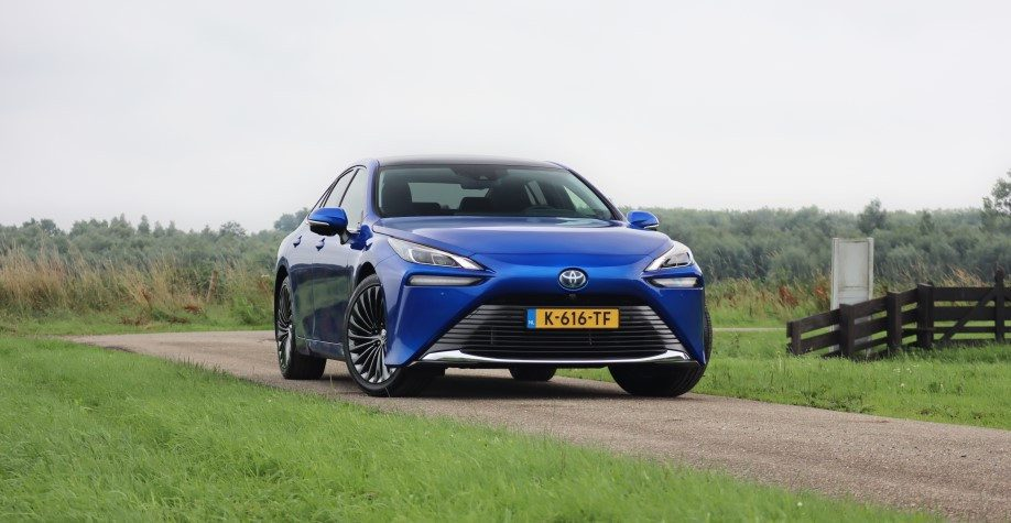 Rijtest Toyota Mirai 1