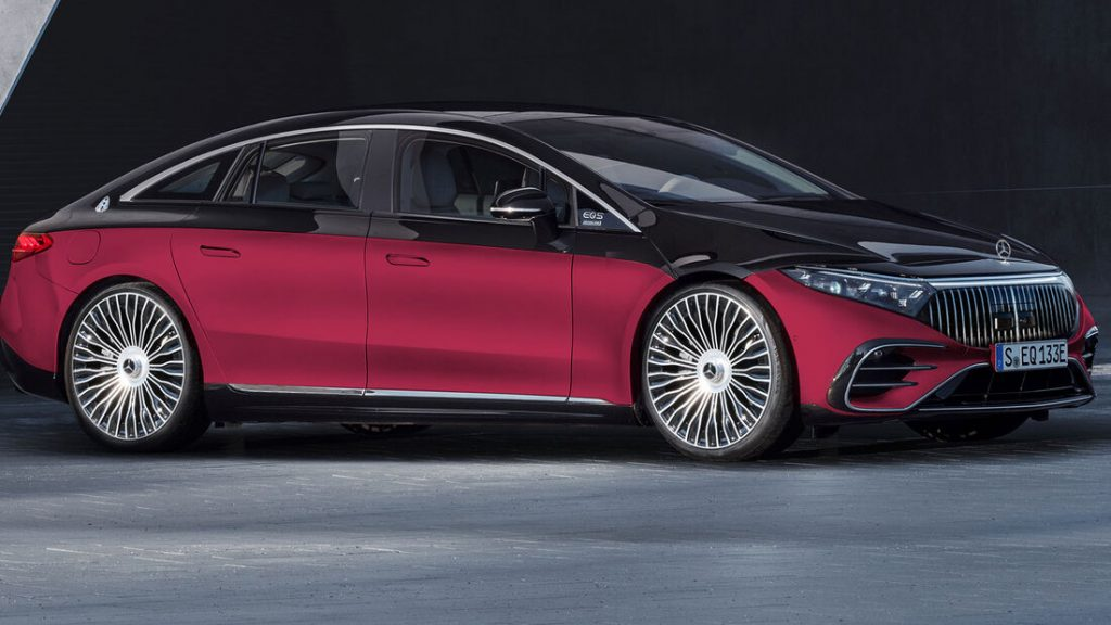 Mercedes Maybach EQS two tone. Rood onder, zwart boven