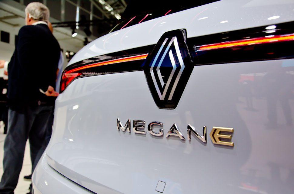 Renault Megane logo, Nouvel'R'logo